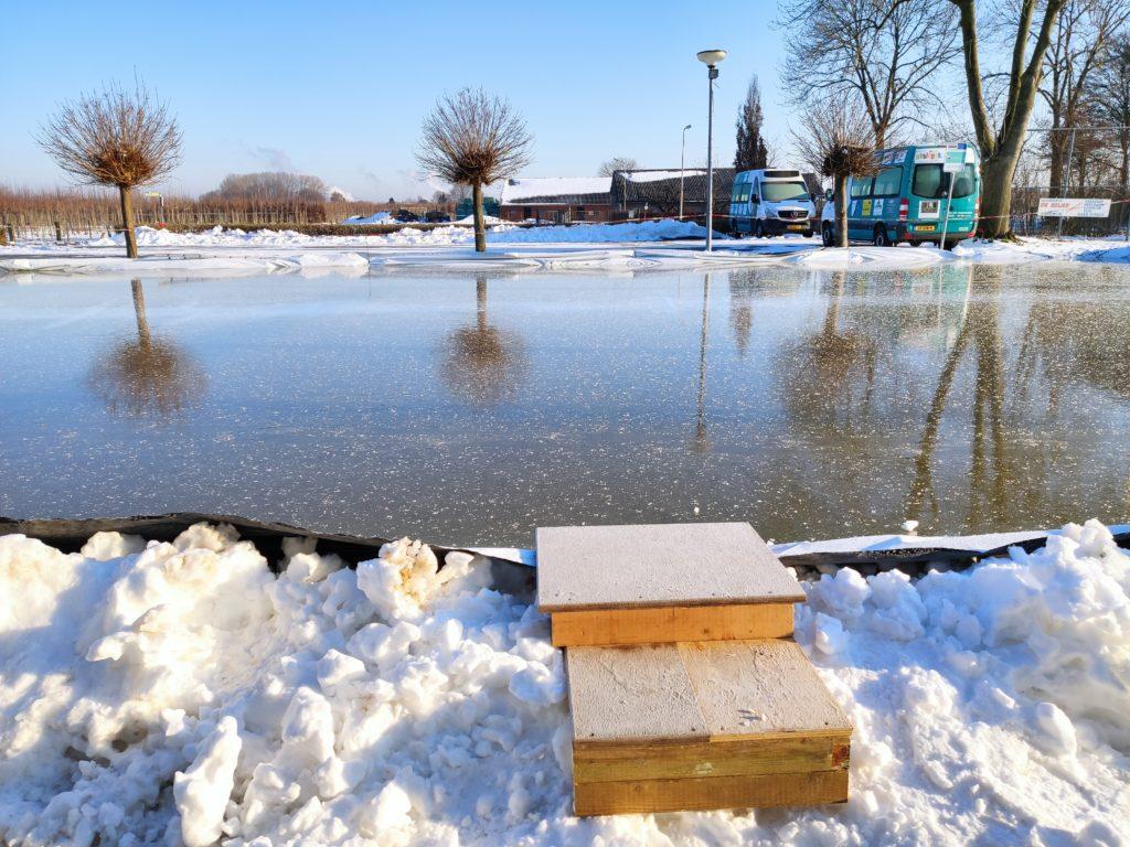 Spiegelgladde schaatsbaan voor De Haar, Randwijk